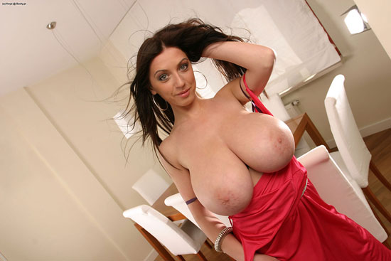 Huge Natural Titted Anya Busty.pl