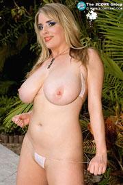 Big Tittied Maggie Green Poolside Seduction Scoreland