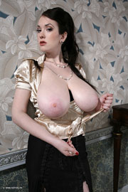 Big Tits Glamour Expensive Babe Anna Tanya Song from Scoreland.com
