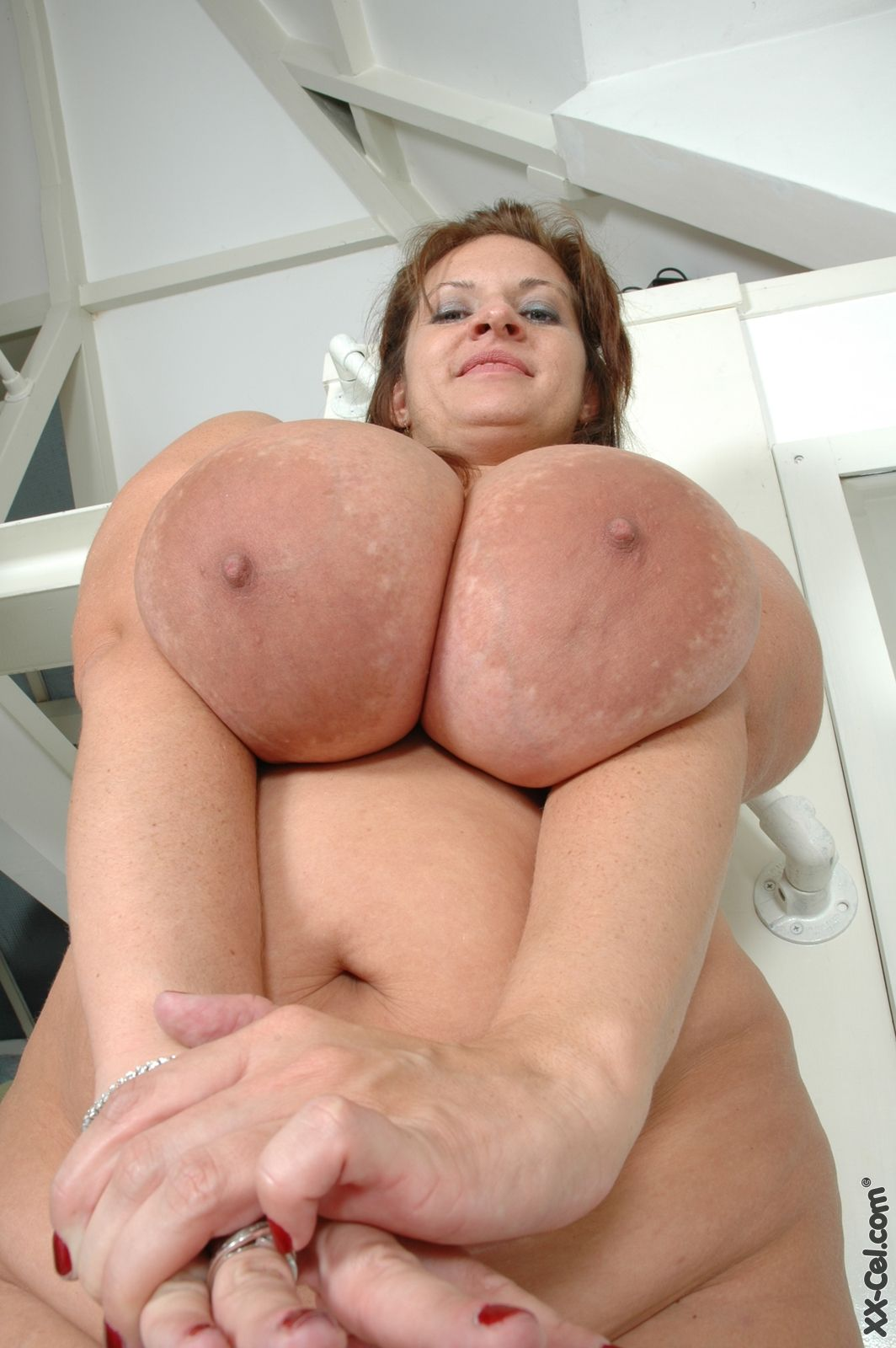 Hot busty bbw sway
