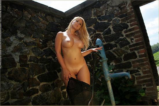 Beautiful Scenery And Hot Exotic Katerina Hovorkova at PhotoDromm.com