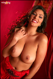 Busty Amber Campisi showing her womanly body and big boobs at PinupFiles.com