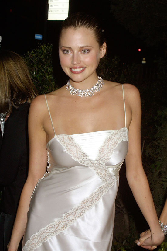 Estella Warren Pokies