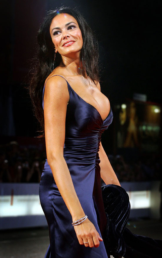Maria Grazia Cucinotta Great Cleavage Various Shots