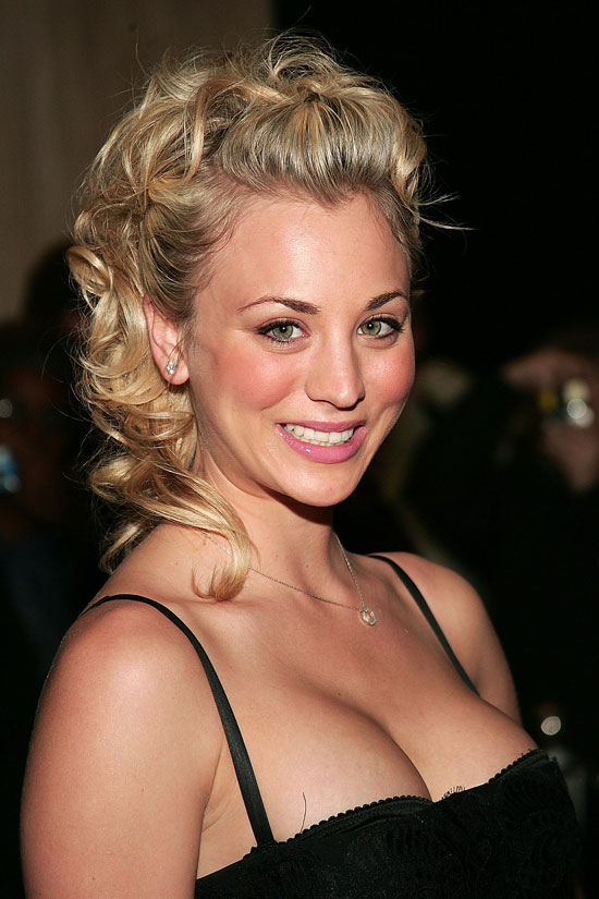 Kaley Cuoco Posing For Paparazzi