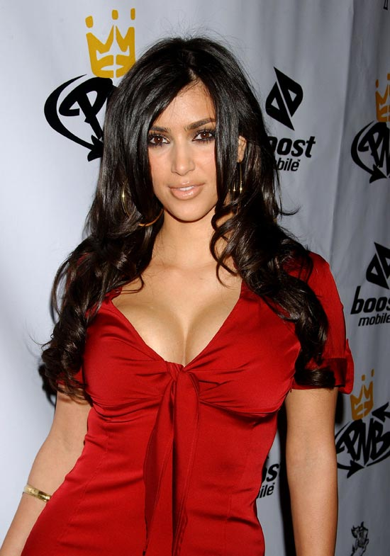 Kim Kardashian in big cleavage