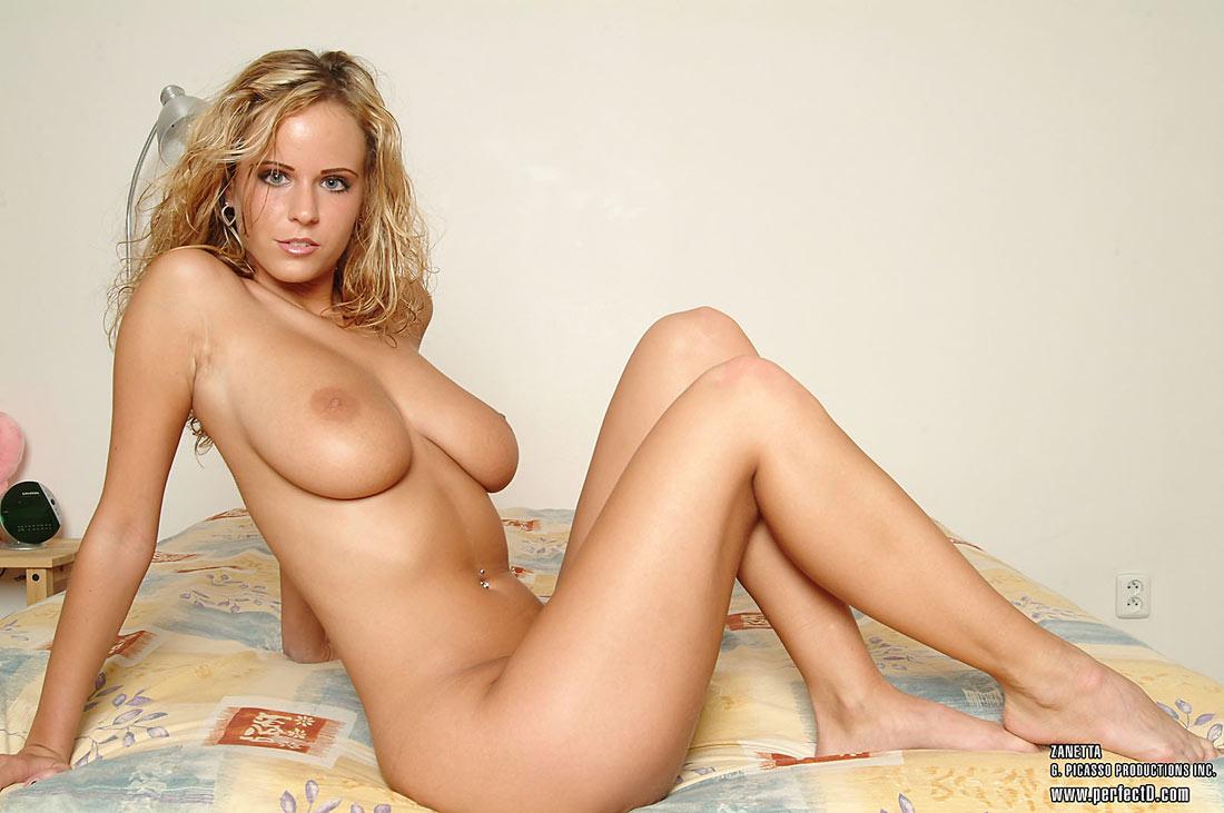 Zuzanna Nude 5