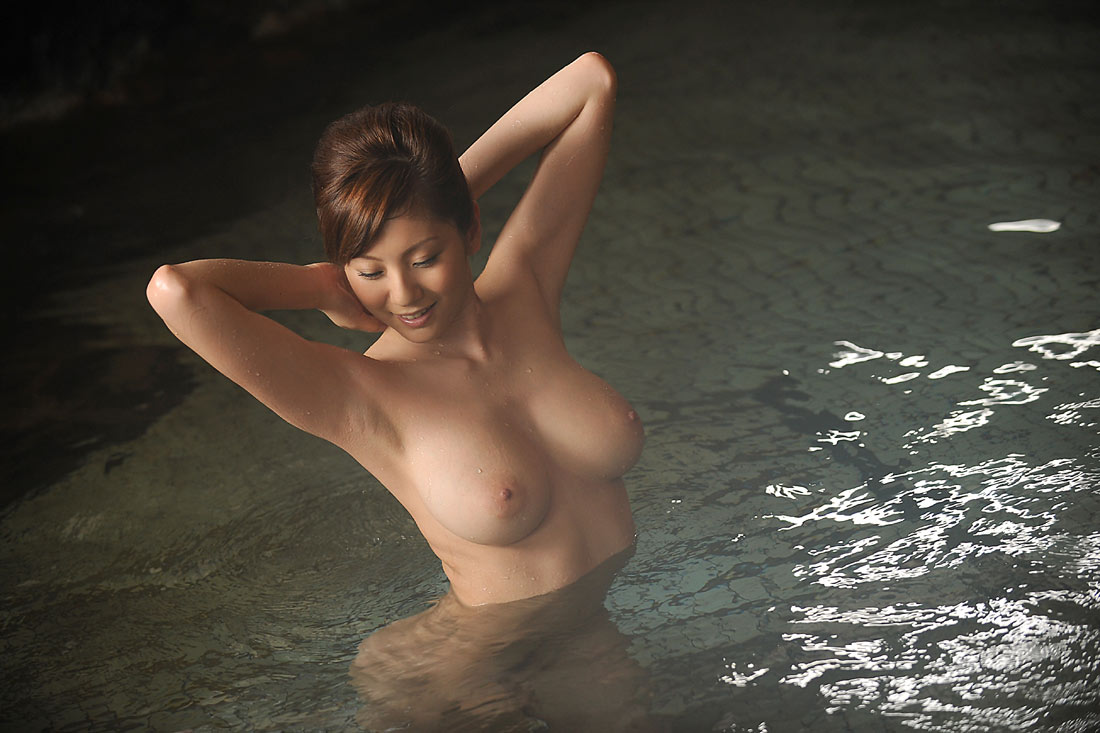 One Response To Busty Japanese Babe Yuma Asami Stripping The White