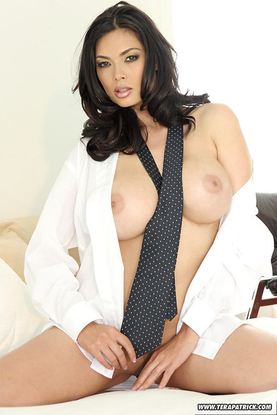 Busty Tera Patrick posing in Man's Shirt with tie TeraPatrick.com